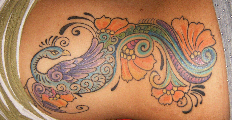 Pfau Tattoo Motive und Pfauenfeder Tattoo Bedeutung alletattoo.de 5