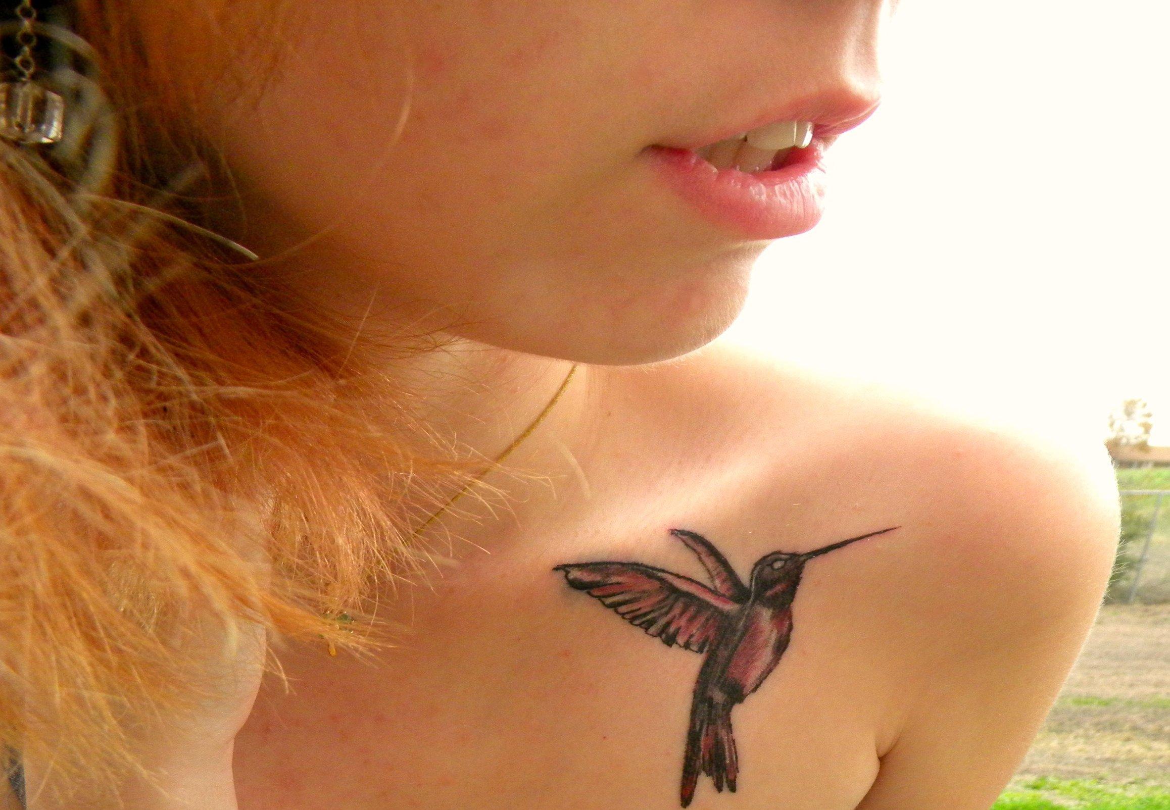 Kolibri Tattoo Motive und deren Bedeutung alletattoo.de 27