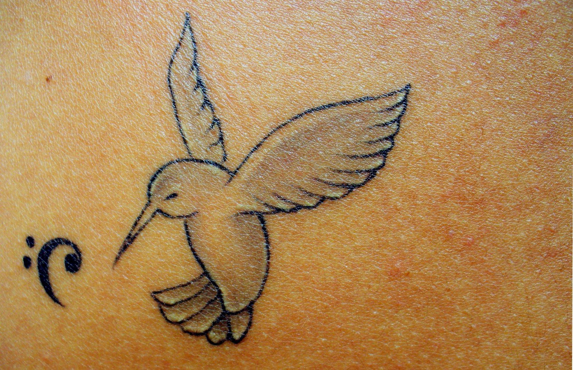 Kolibri Tattoo Motive und deren Bedeutung alletattoo.de 6