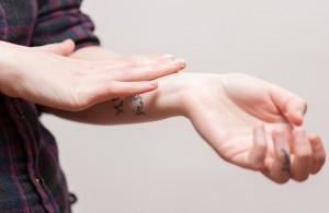 Wie merke ich das mein Tattoo entzündet ist ? alletattoo.de