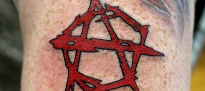 Anarchie-Symbol Tattoos und die Bedeutungen alletattoo.de 1