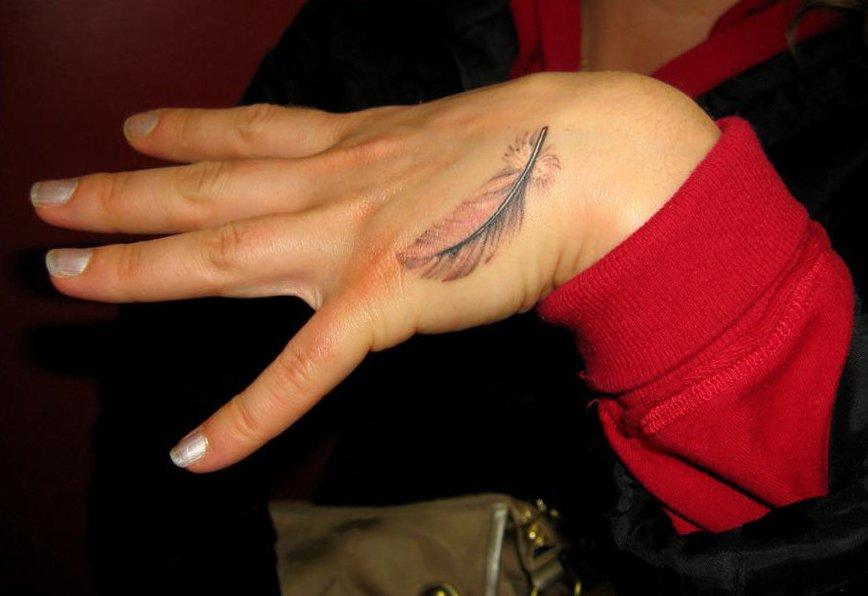 Feder Tattoos und die Bedeutung alletattoo.de 15