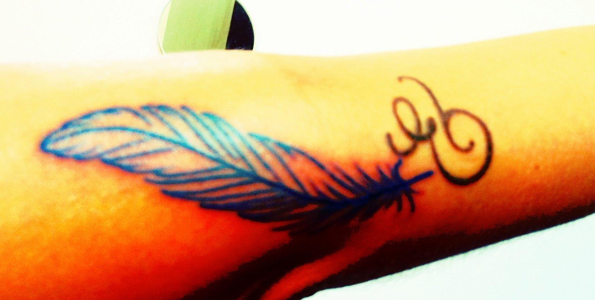 Feder Tattoos und die Bedeutung alletattoo.de 8