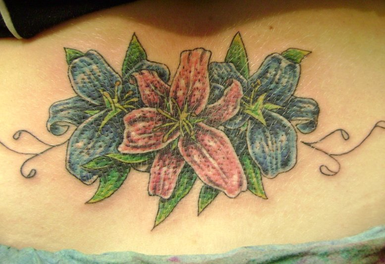 Hawaii Blumen Tattoos – Designs und deren Bedeutung alletattoo.de 8