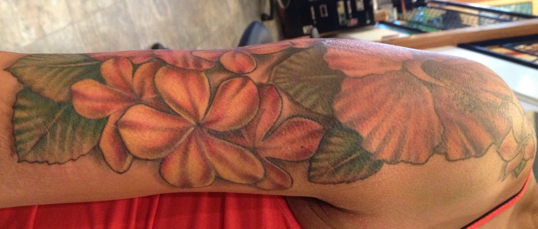 Hawaii Blumen Tattoos – Designs und deren Bedeutung alletattoo.de 10