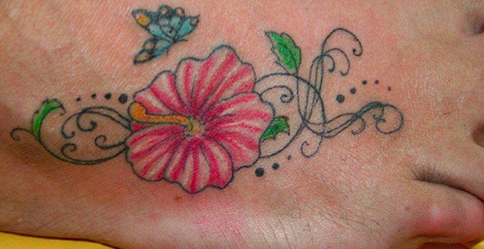 Hawaii Blumen Tattoos – Designs und deren Bedeutung alletattoo.de 27