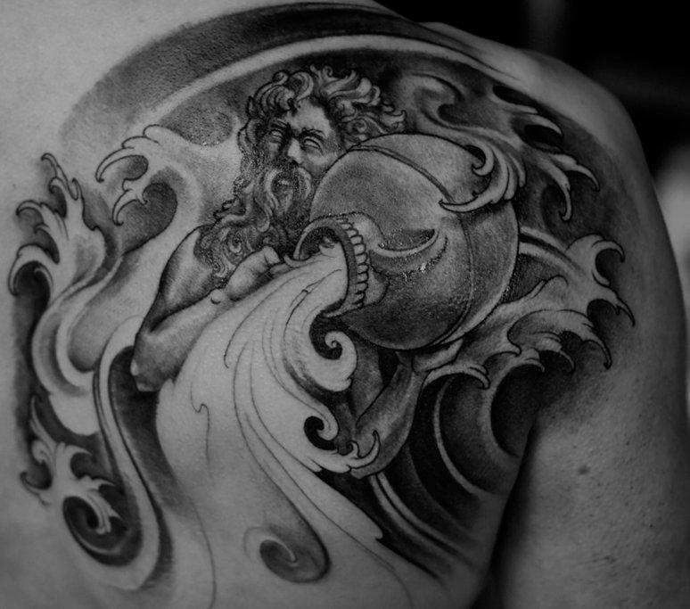 Wassermann Sternzeichen Tattoos