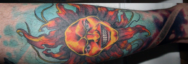 Motive und Bedeutung der Sonnen Tattoos alletattoo.de 10