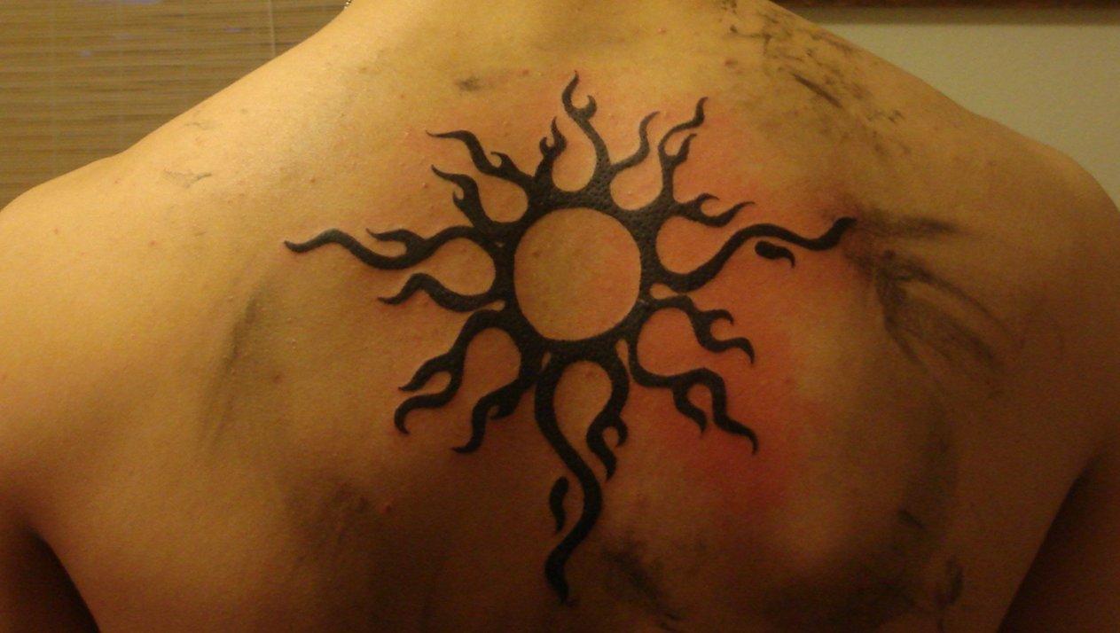 Motive und Bedeutung der Sonnen Tattoos alletattoo.de 3